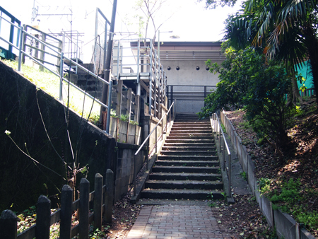 to heart 恋して死にたい ロケ地 階段